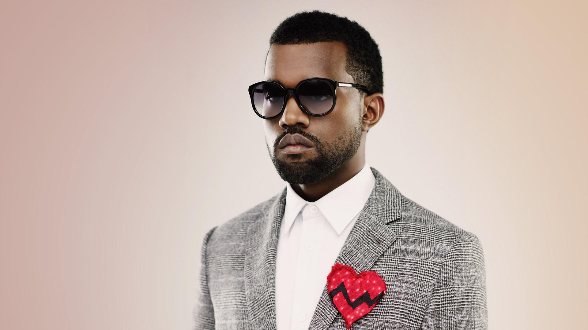 Famous av Kanye West