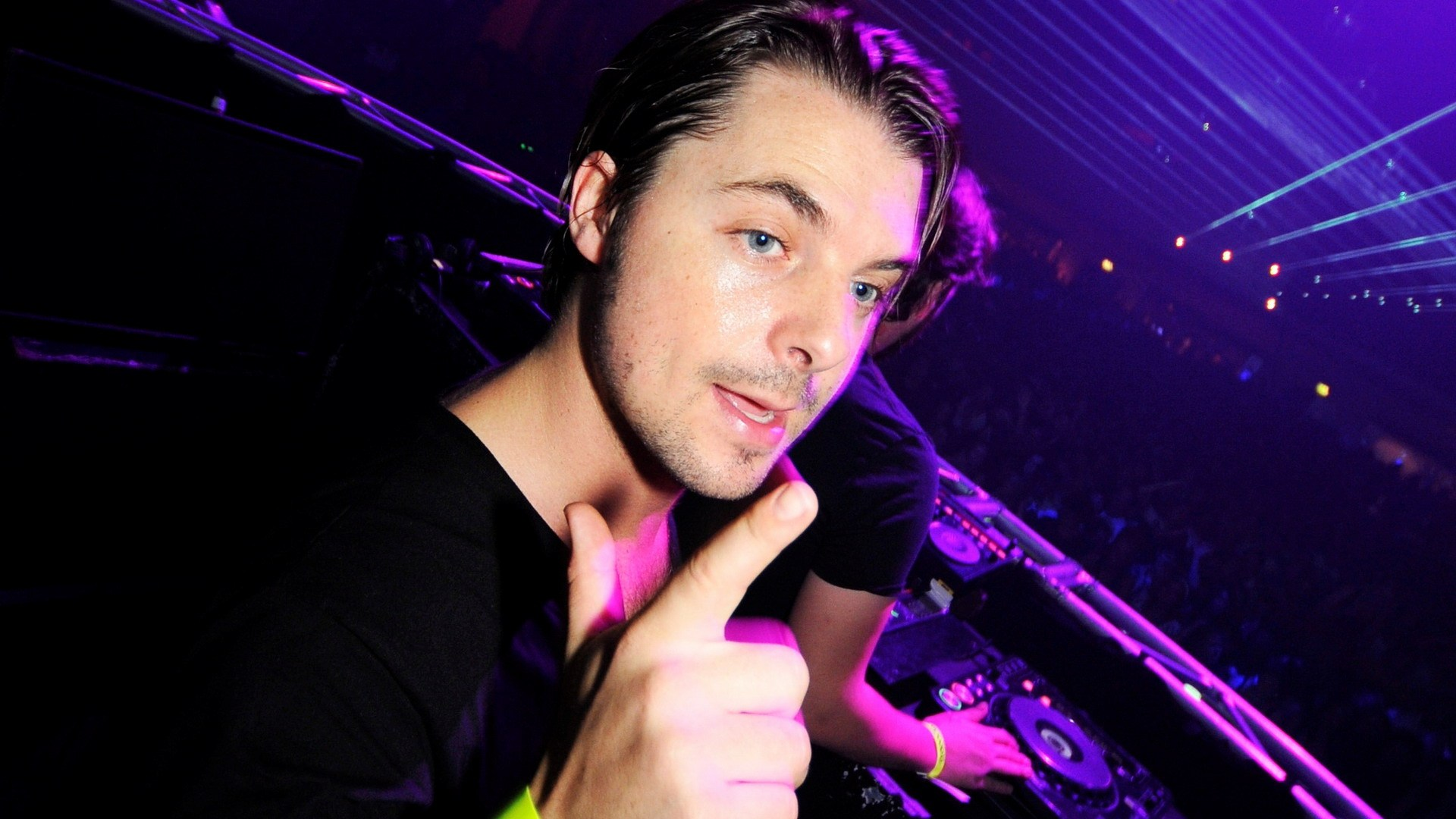I Love You av Axwell