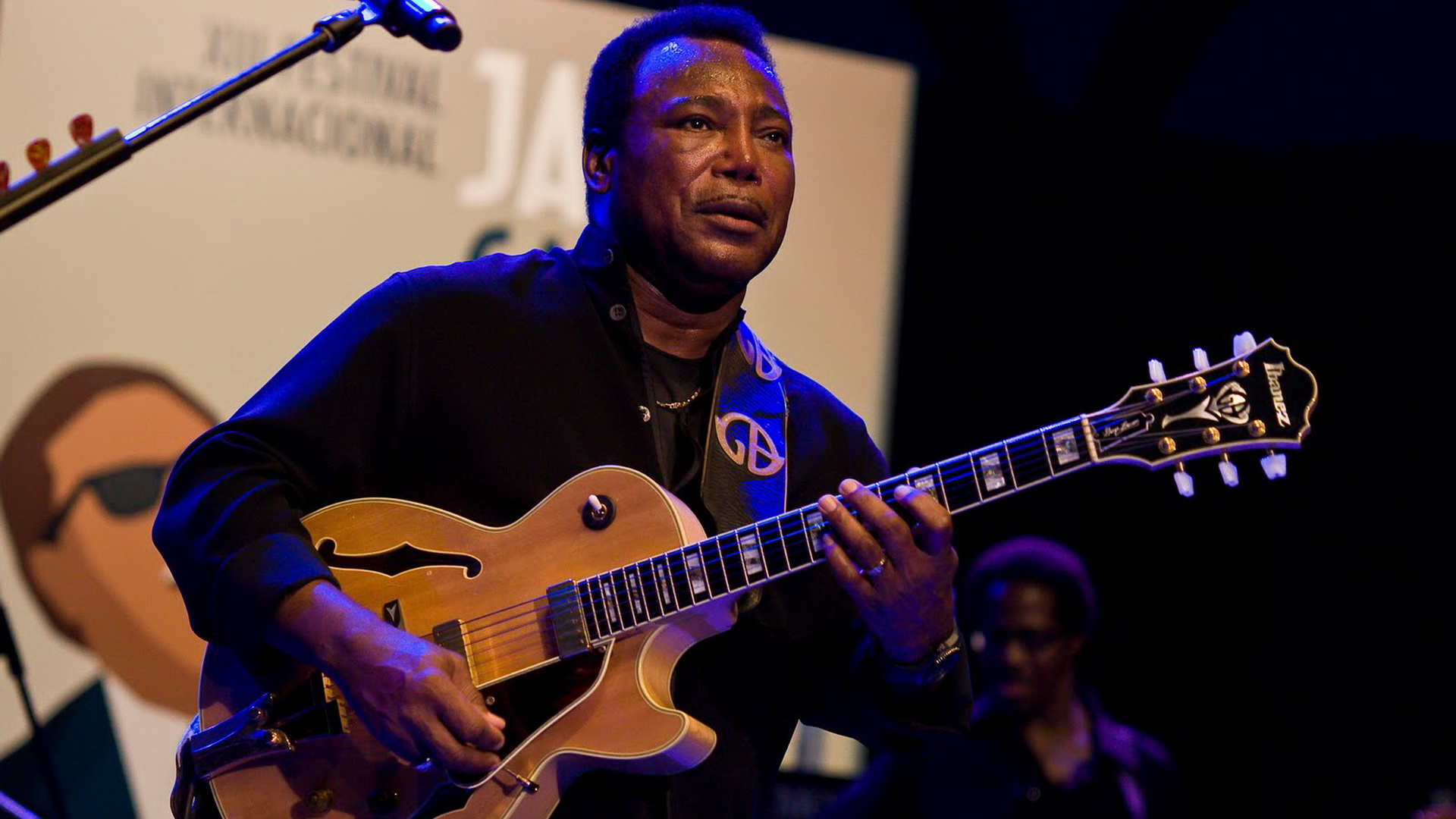 Nothing's Gonna Change My Love For You av George Benson