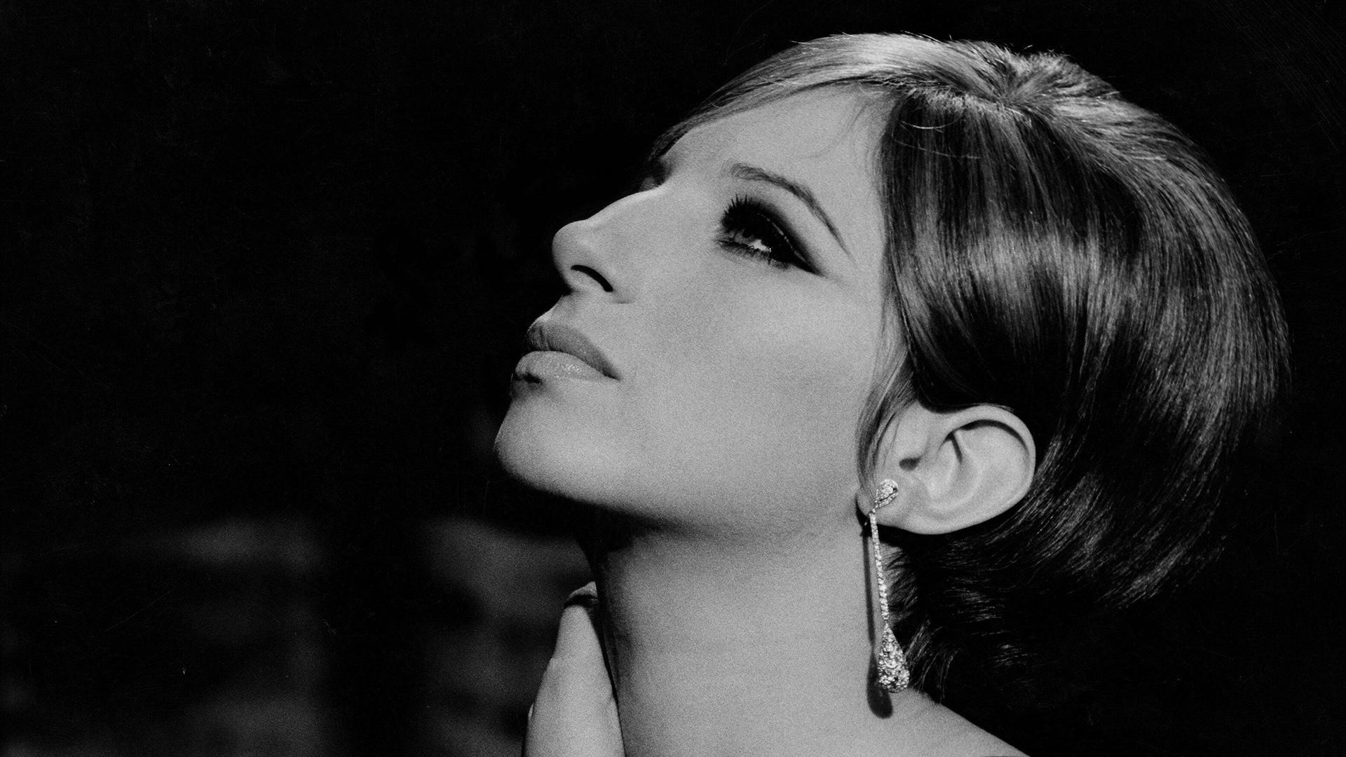 Woman In Love av Barbra Streisand