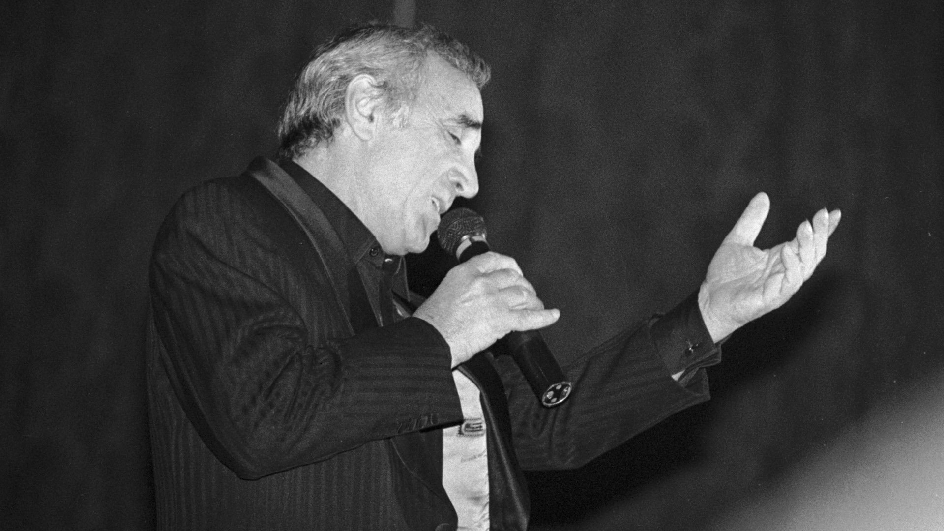 The Old Fashioned Way av Charles Aznavour