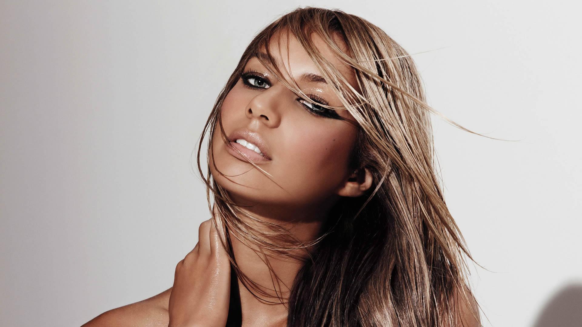 Thunder av Leona Lewis