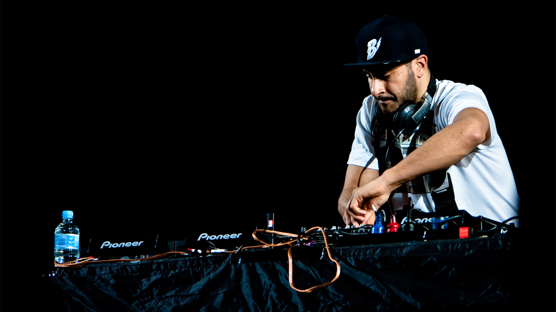 You Don't Know Me av Armand Van Helden