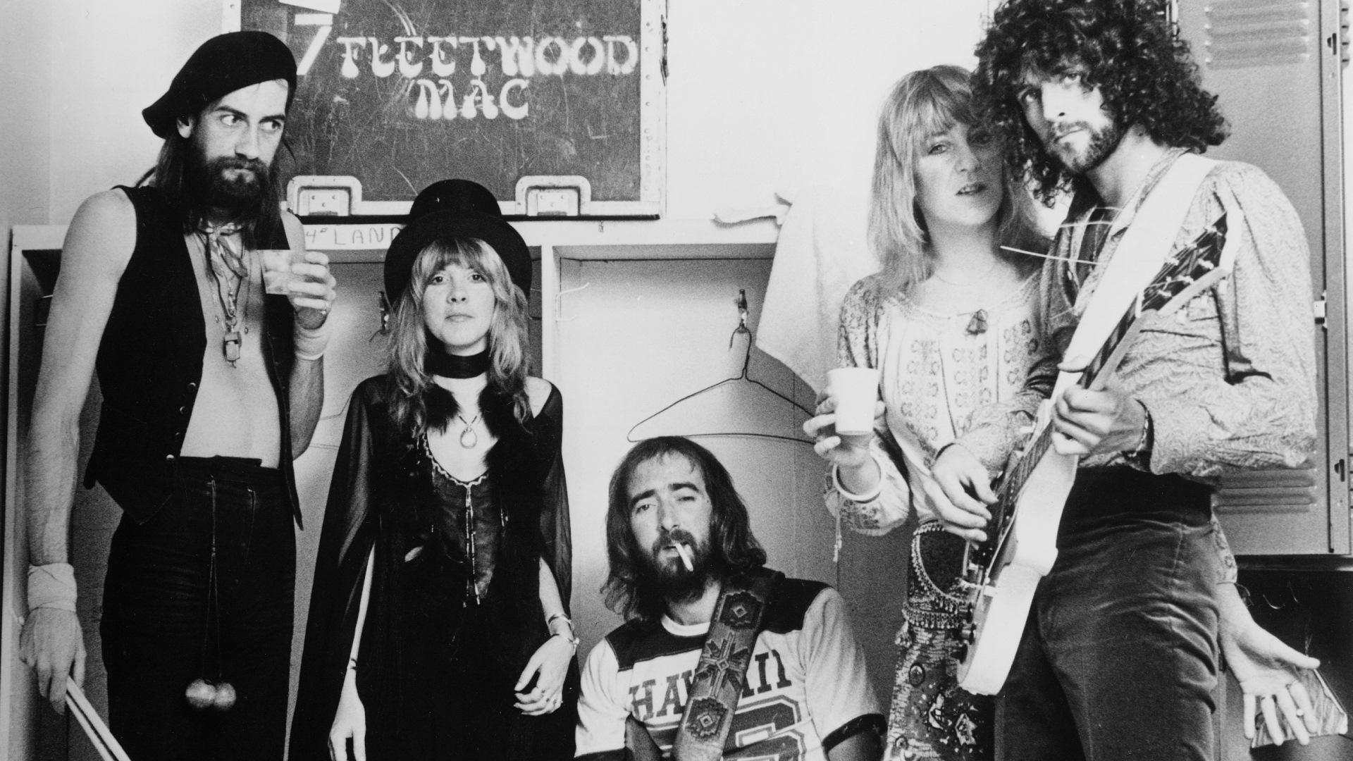 Little Lies av Fleetwood Mac