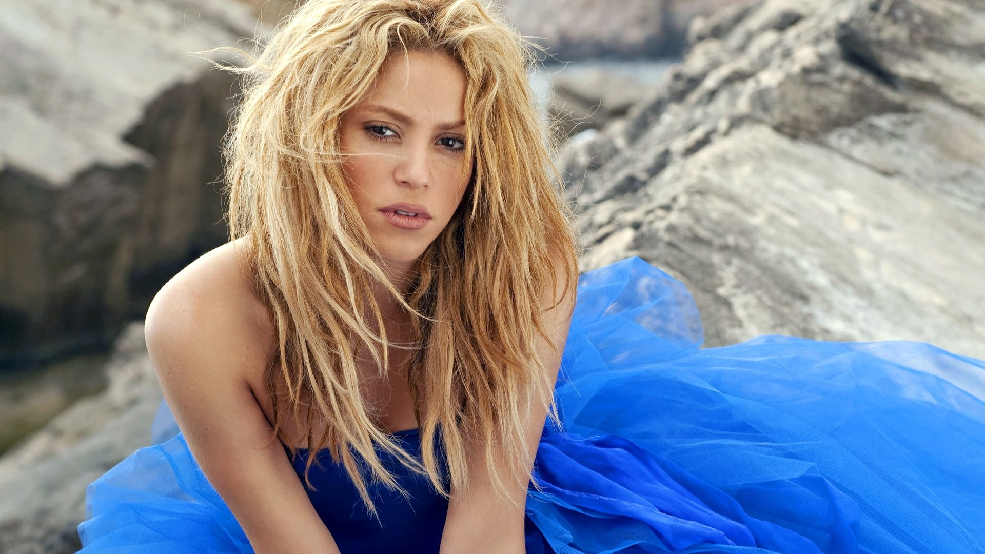 Can't Remember To Forget You av Shakira