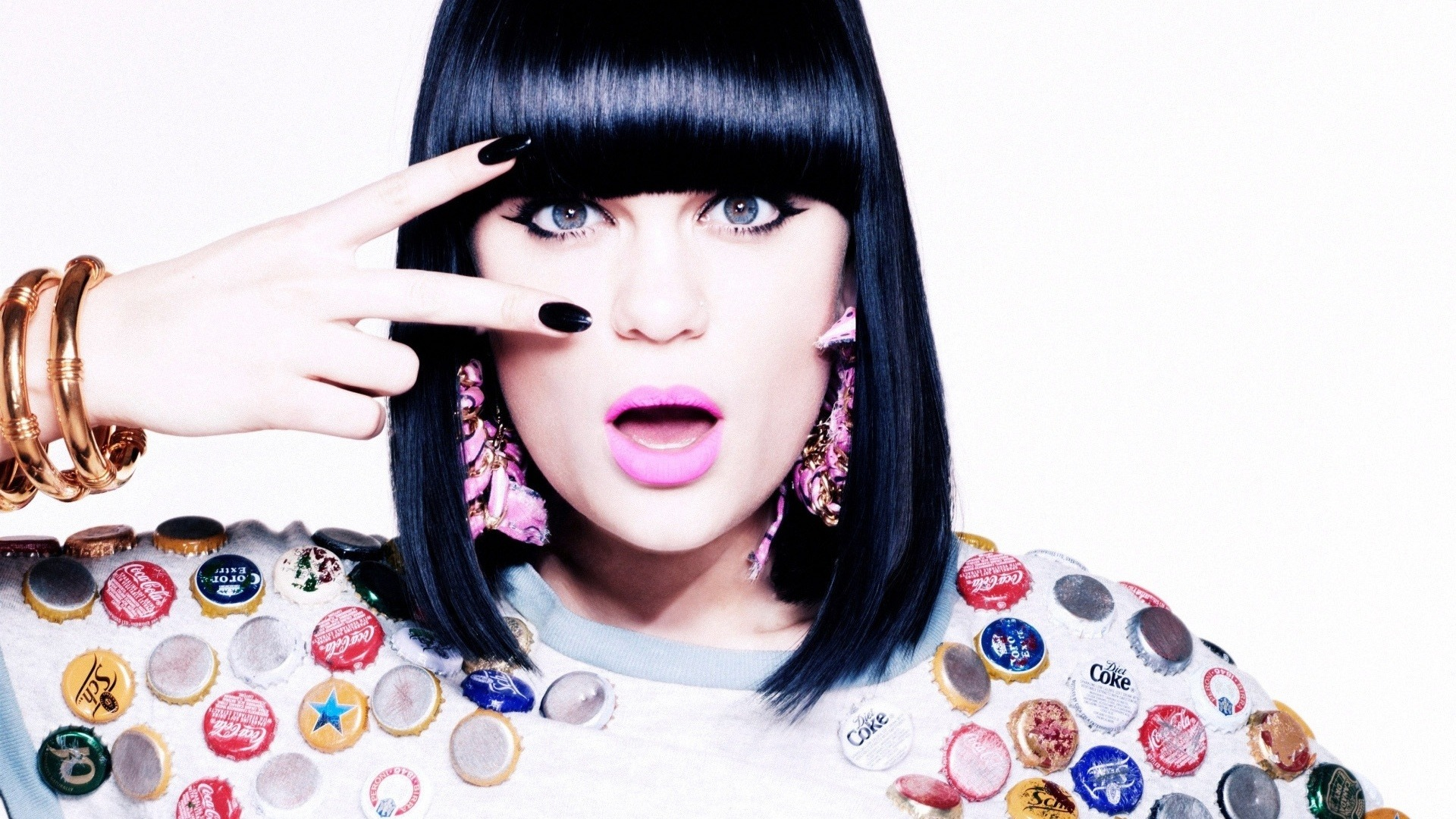 Square One av Jessie J