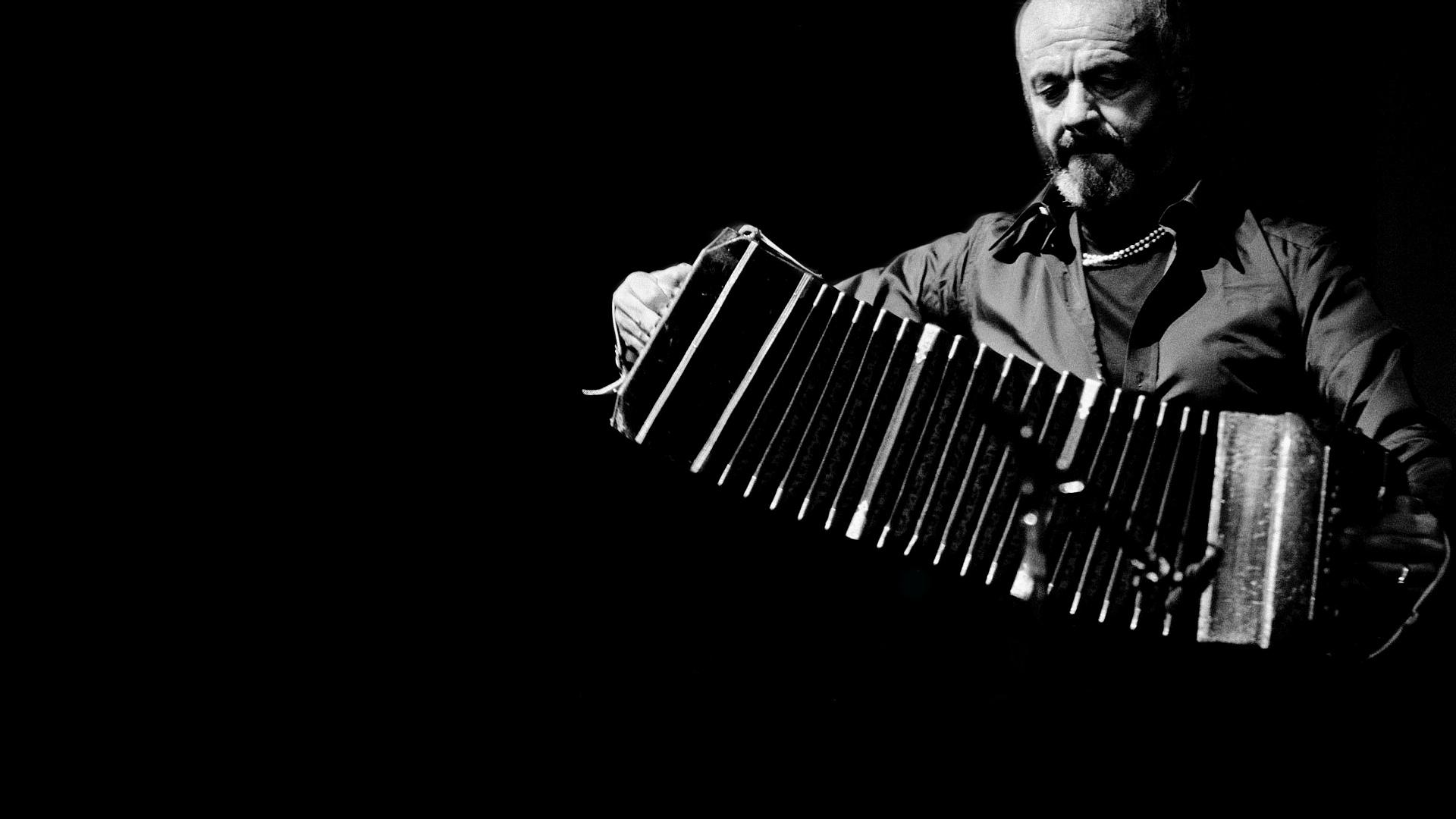 De Fyra årstiderna I Buenos Aires: Hösten av Astor Piazzolla
