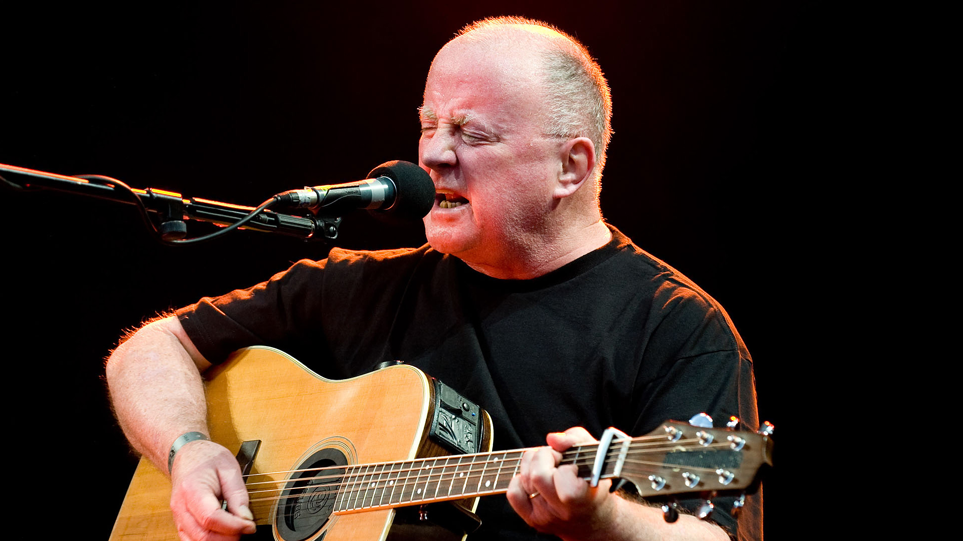 Neste: Cliffs Of Dooneen av Christy Moore