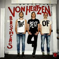 In Your Arms av Von Hertzen Brothers