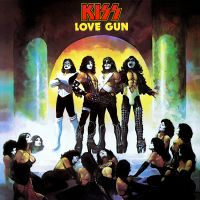 Heaven's On Fire av Kiss